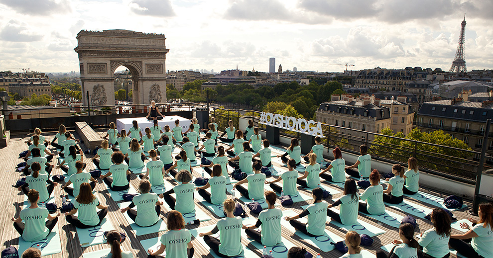 YOGA ROOFTOP PARIS